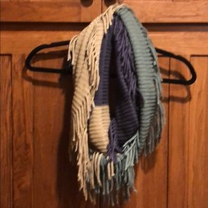 Ladies Infinity Scarf